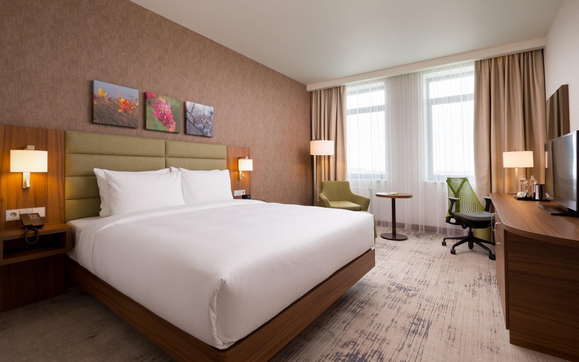 Hilton Garden Inn Orenburg, отель - №1